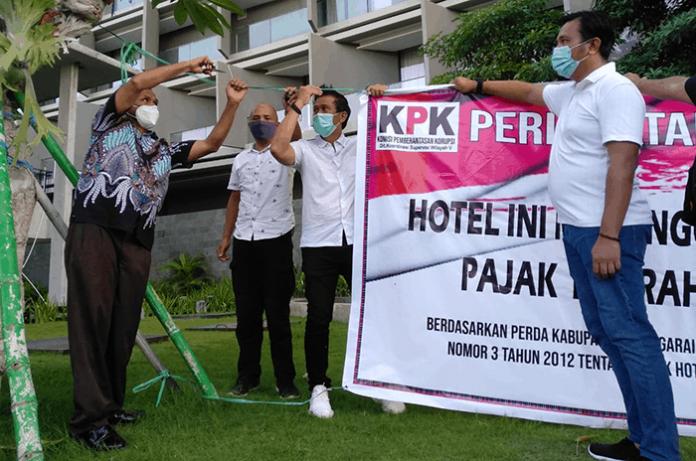 Pelepasan peringatan menunggak pajak di Hotel Inaya Bay Komodo, Manggarai Barat.