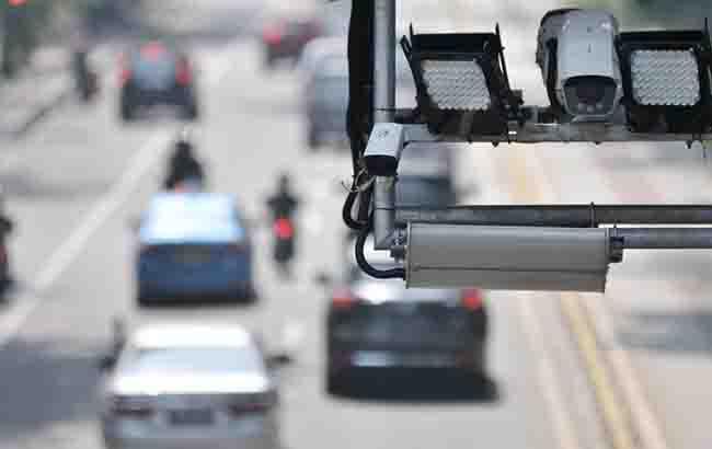 Kamera ELTE, CCTV pemantau pelanggar lalu lintas.