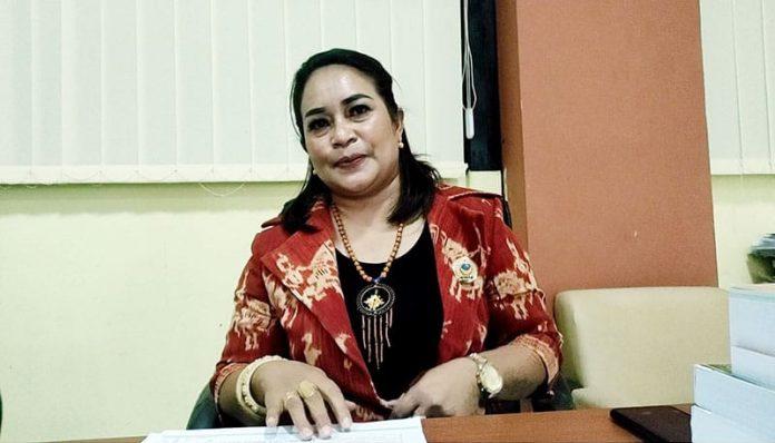 Anggota Komisi V DPRD NTT, Kristien Samiyati Pati.